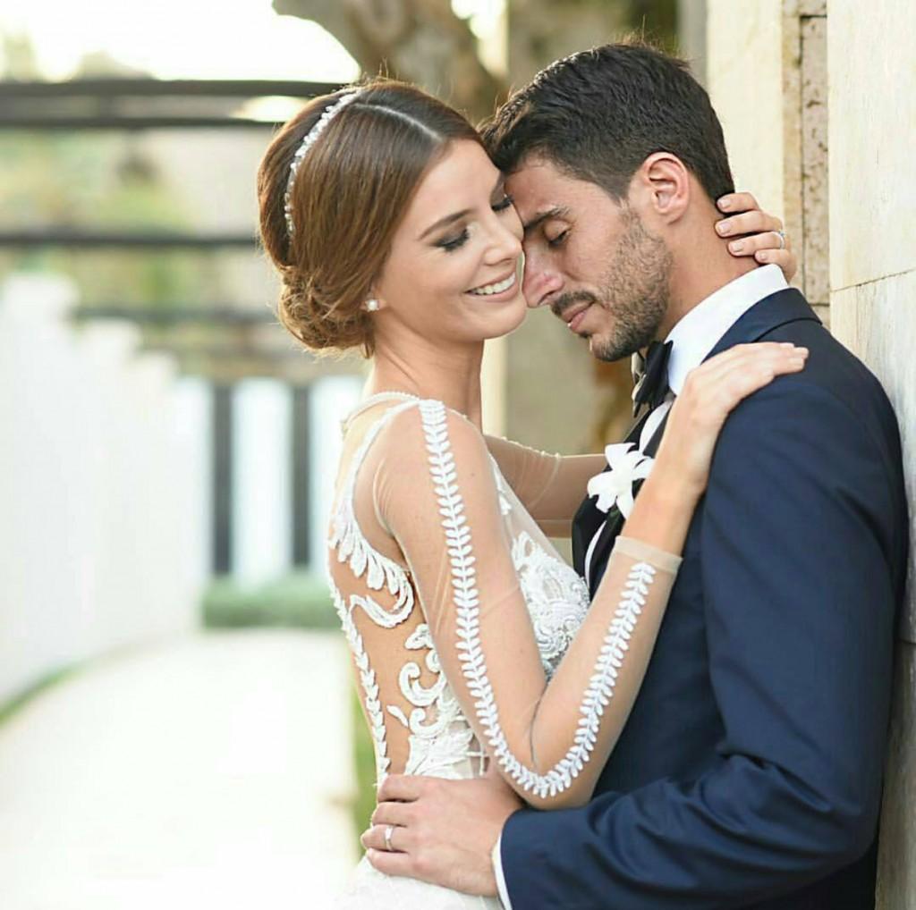 Real bride Oriana Lucchese – Miss Venezuela – in BERTA 15-114